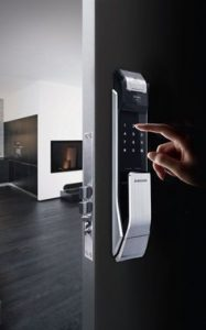 Simple and intuitive home security with a swift locksmith London adept