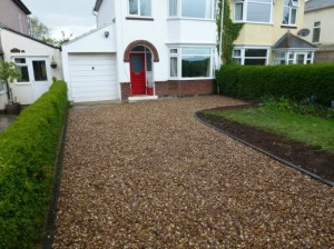 locksmith leicester gravel driveway
