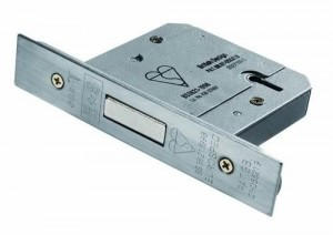locksmith uk standard door lock