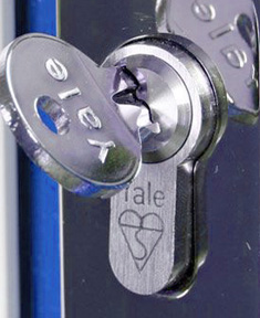 swift locksmith yale lock