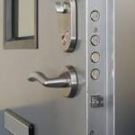 locksmith burton-upon-trent security door