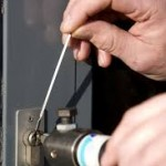 locksmith bedford emergency lockout help