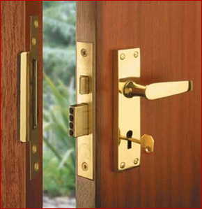 Swift Locksmith Tyneside Any Time Lockout Service