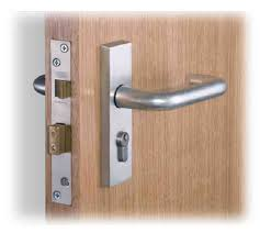 locksmith london sash lock