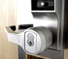 locksmith brighton door hande